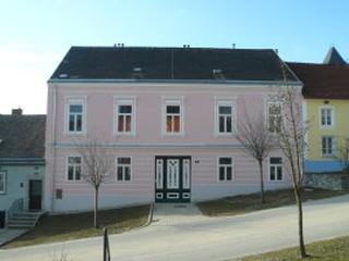 Haus S.+F.
